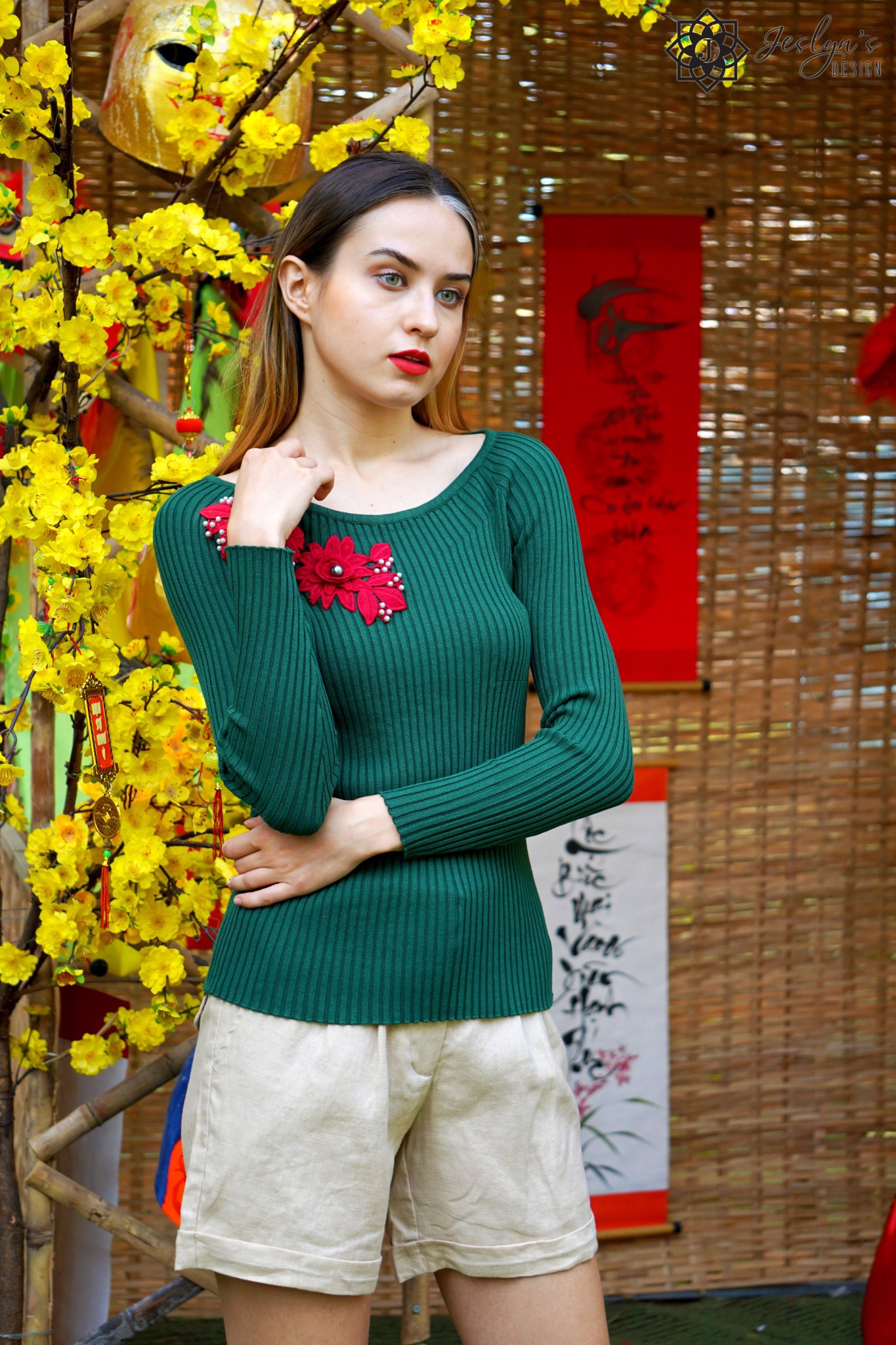 Green top with 3D embroidery flower A336J
