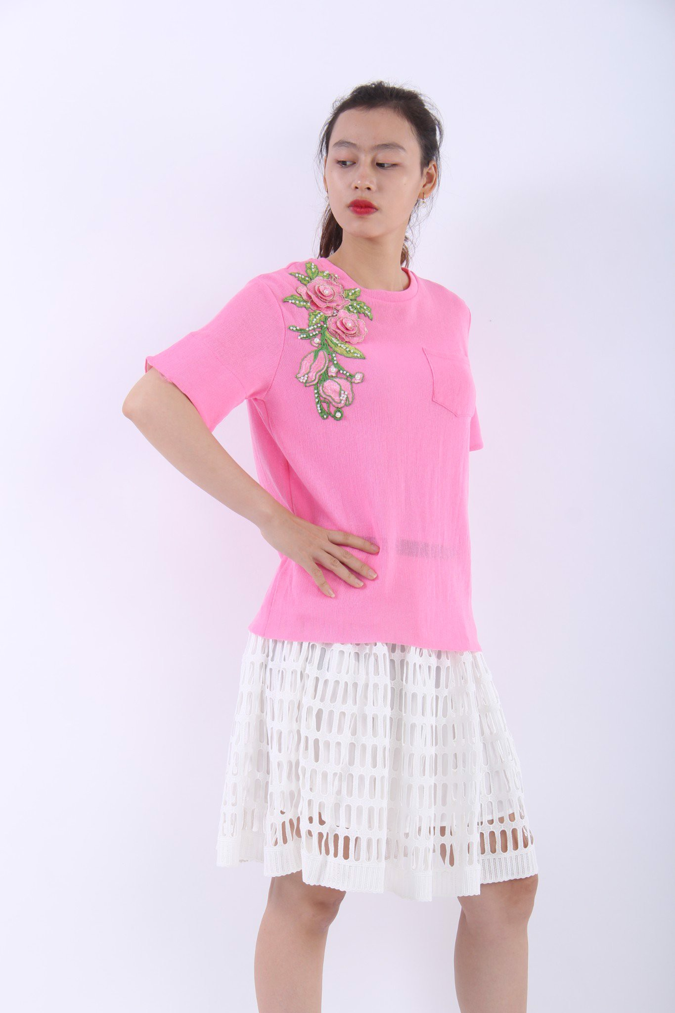3D rose embroidery pink T-Shirt