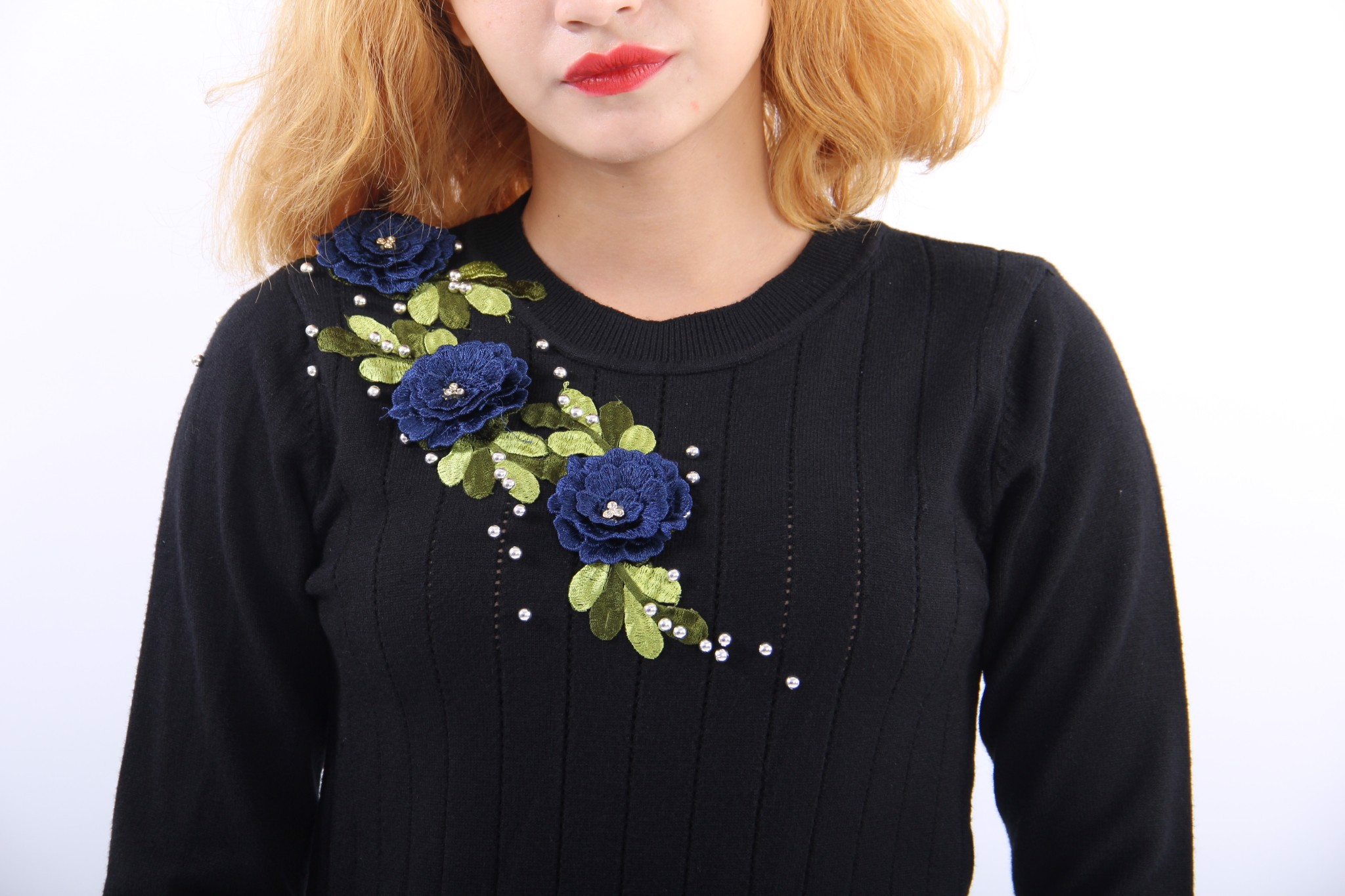 Blue Lisianthus black fitted top