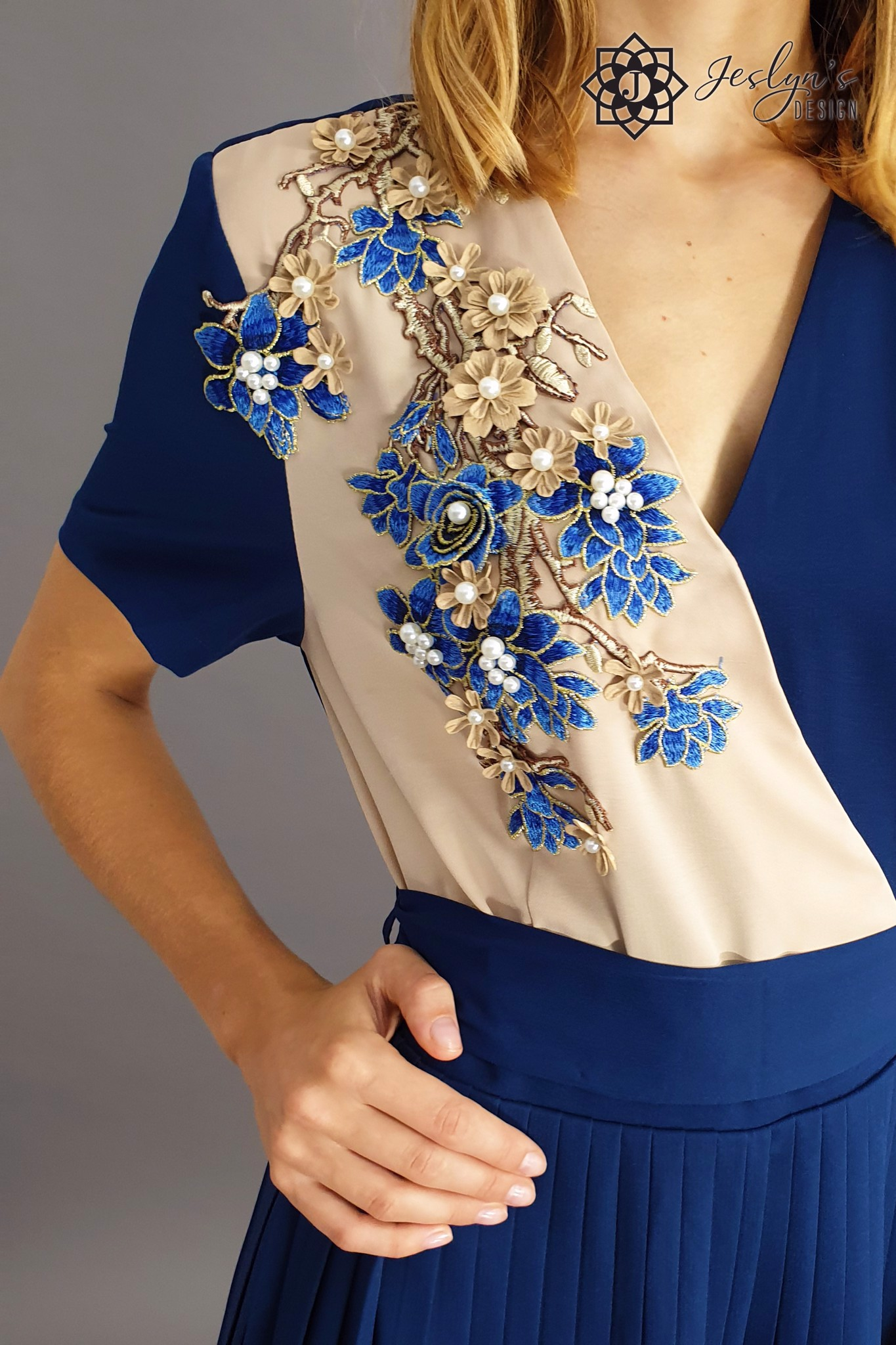 Navy jumpsuit with 3D embroidery flowers D06J