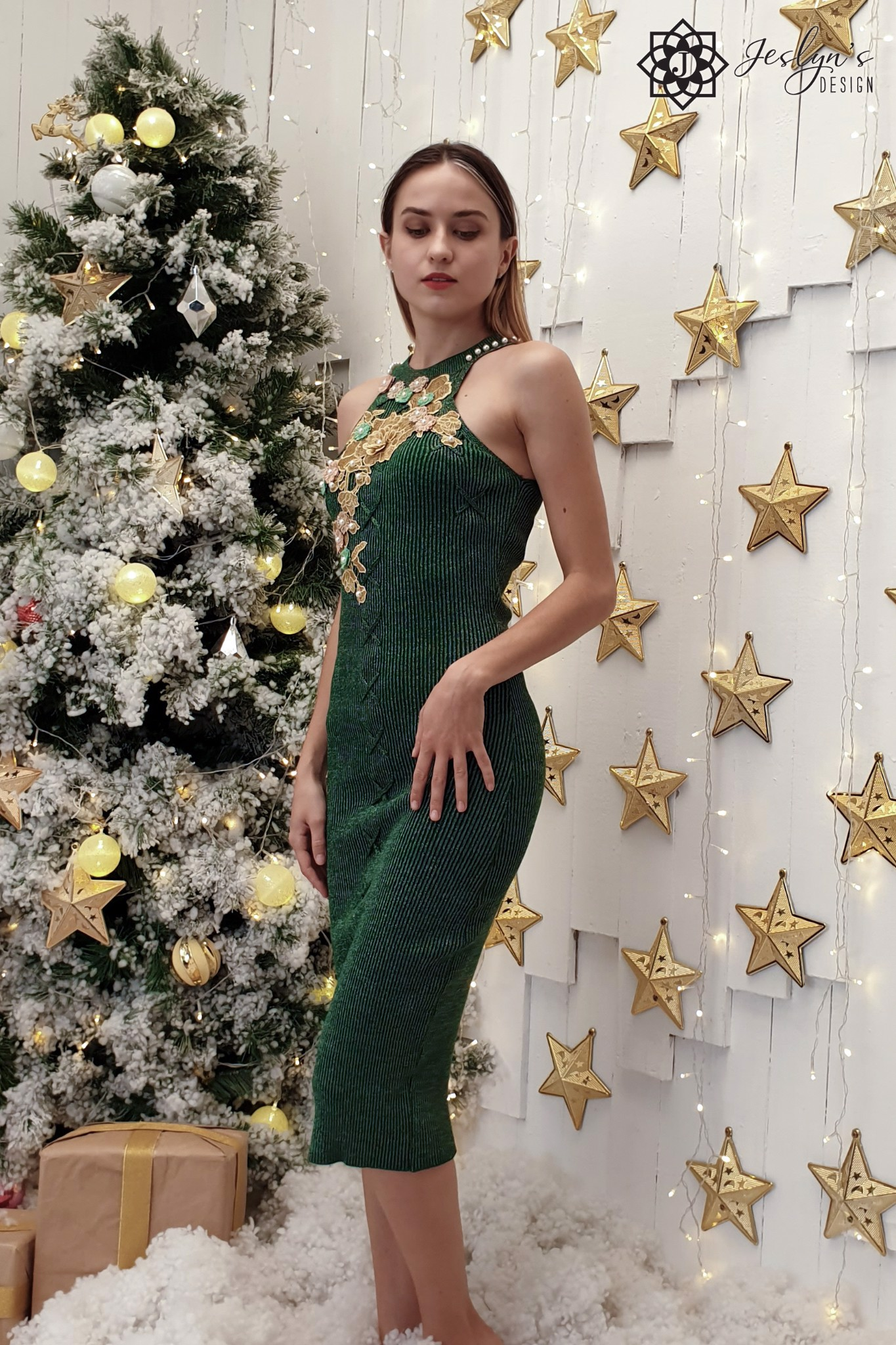 Green bodycon dress with 3D embroidery flowers D113J