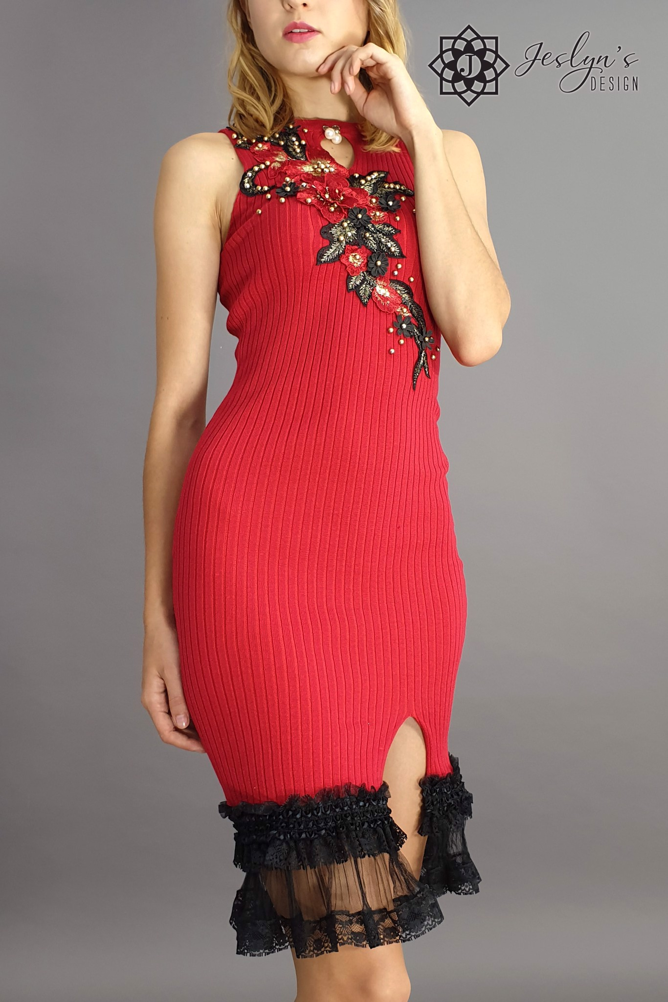 Red bodycon dress D37J