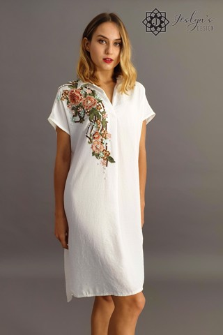 White shirt dress with 3D flowers D48J