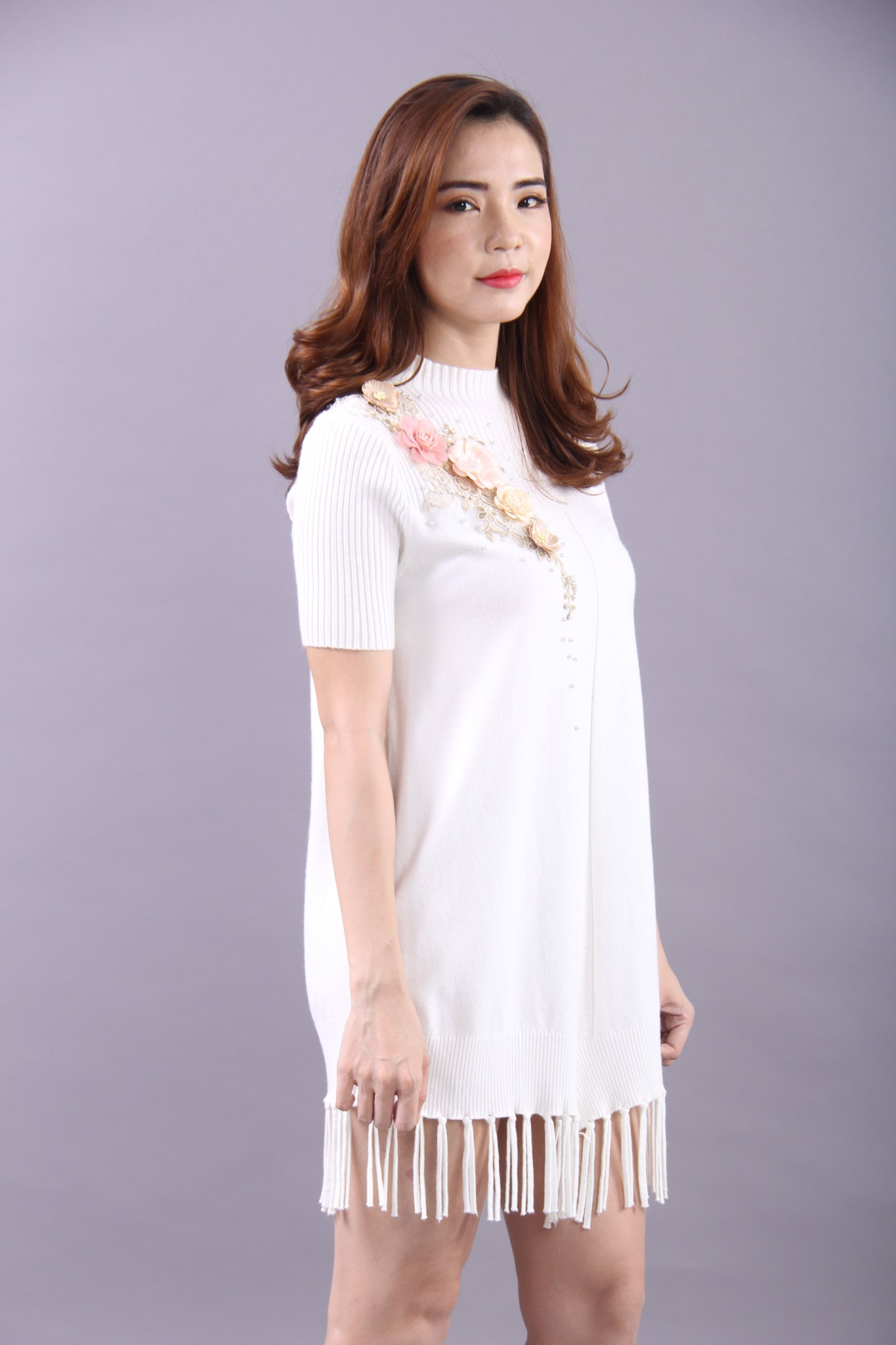 3D flowers and pearls white high neck flapper dress