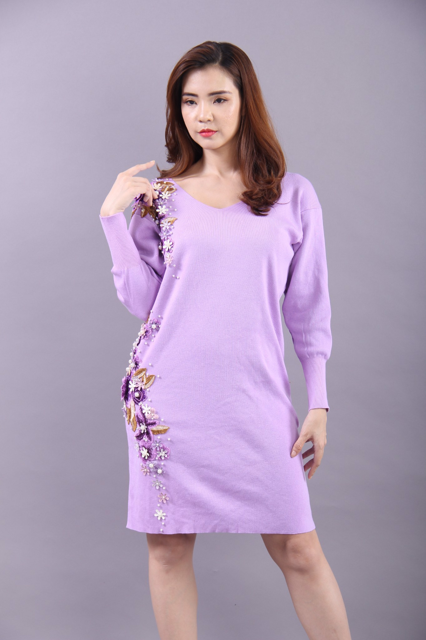 3D flowers and pearls purple long sleeve midi dress