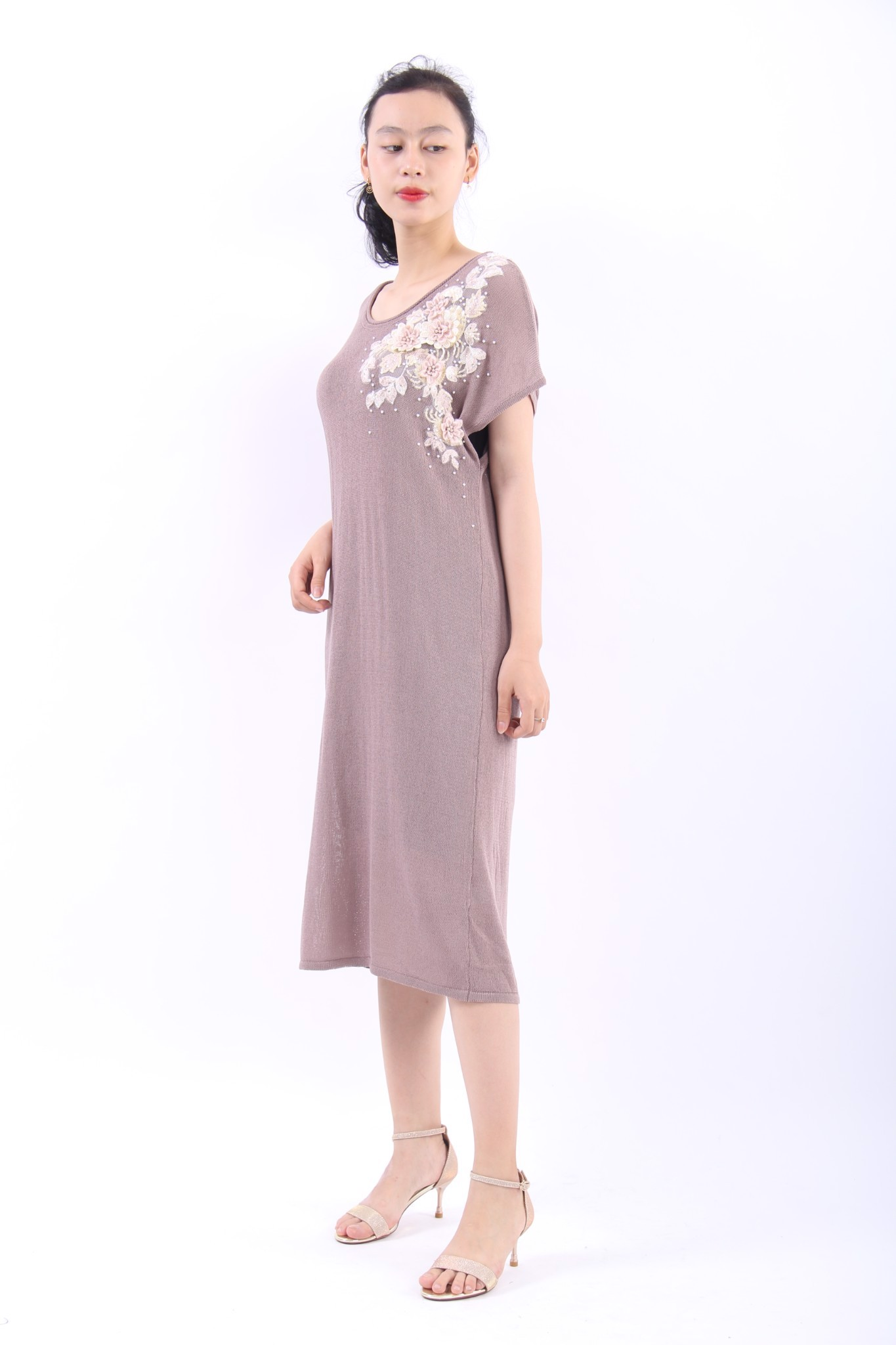 3D embroidery light indigo tea length shift dress