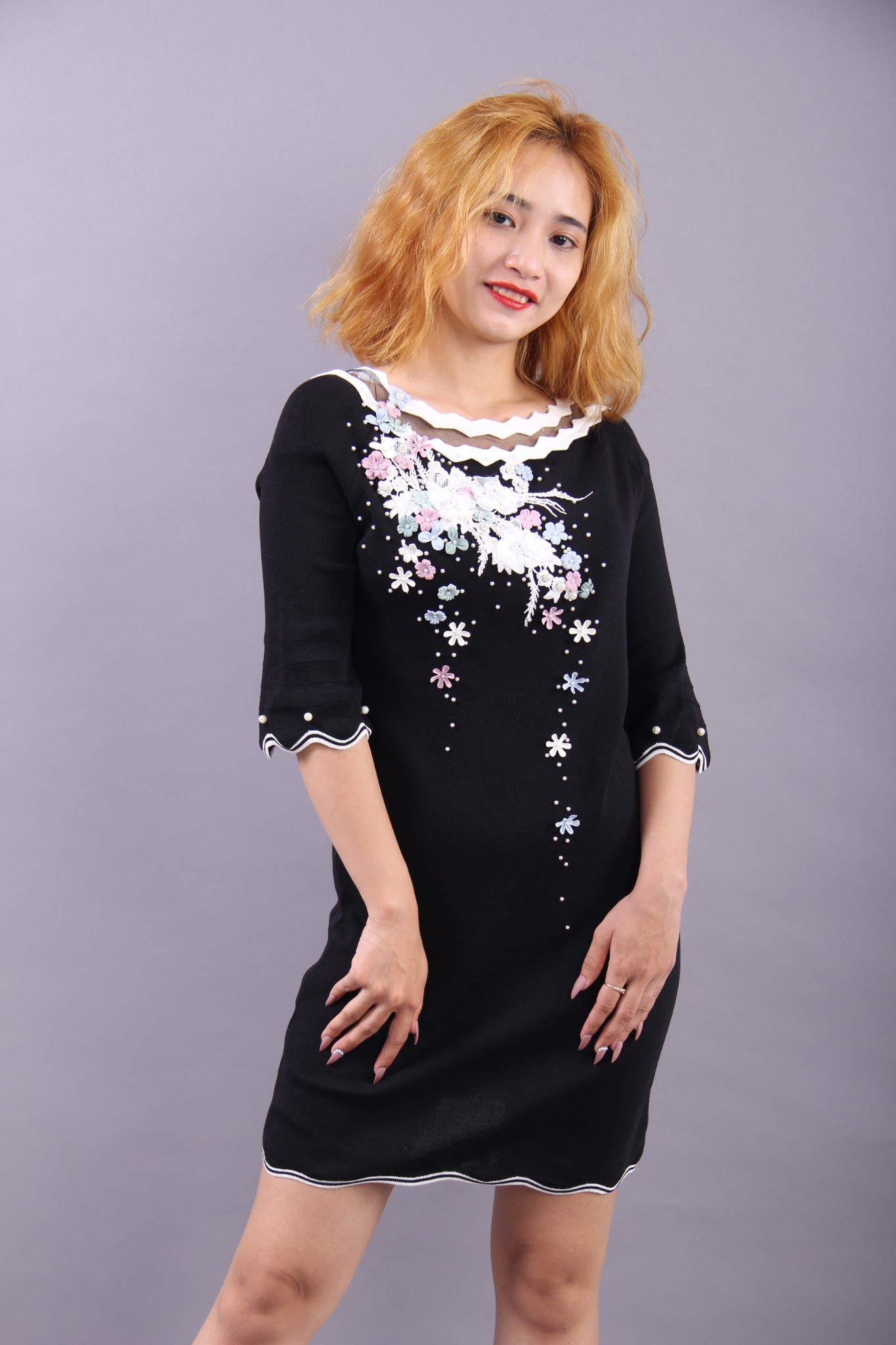 3D flowers black shift dress