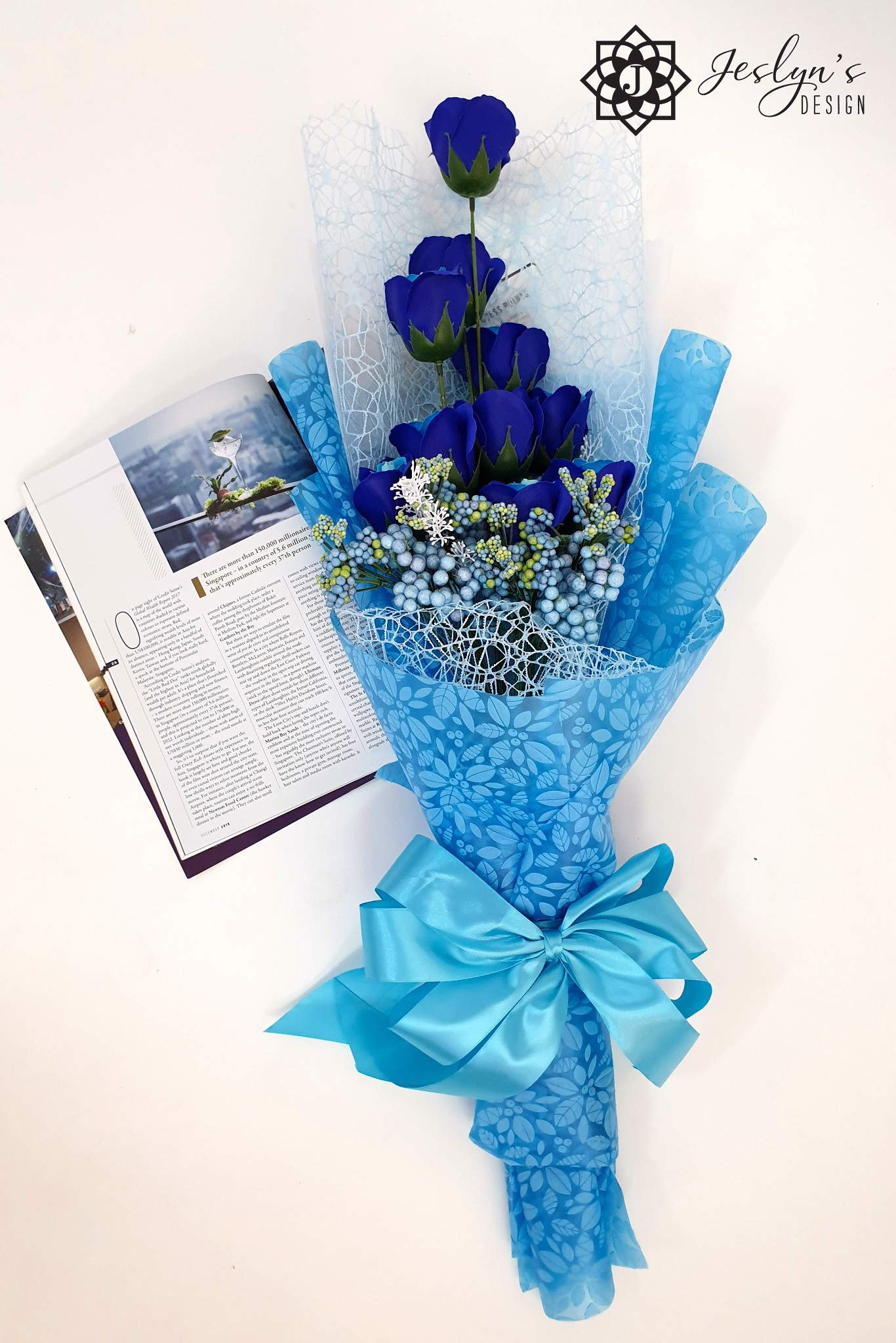 Blue soap rose bouquet F10J