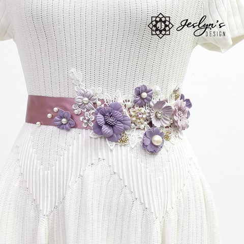 [Gift] Purple Fabric Flower Sash - FS18