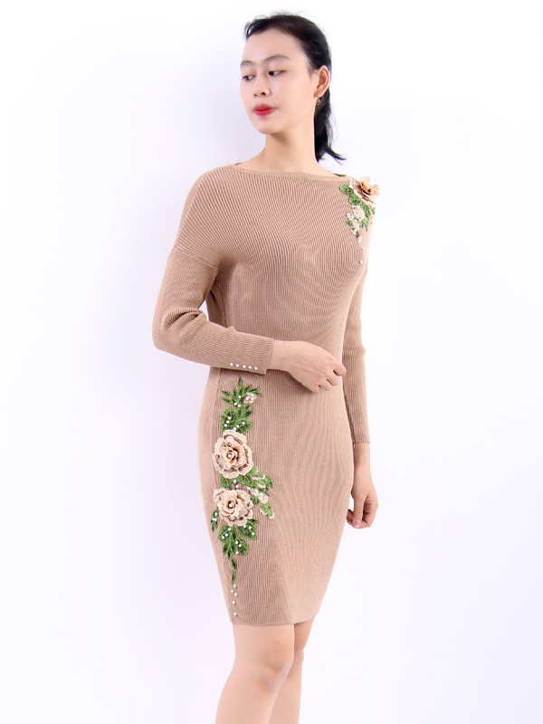 Embroided Begonia brown bodycon dress