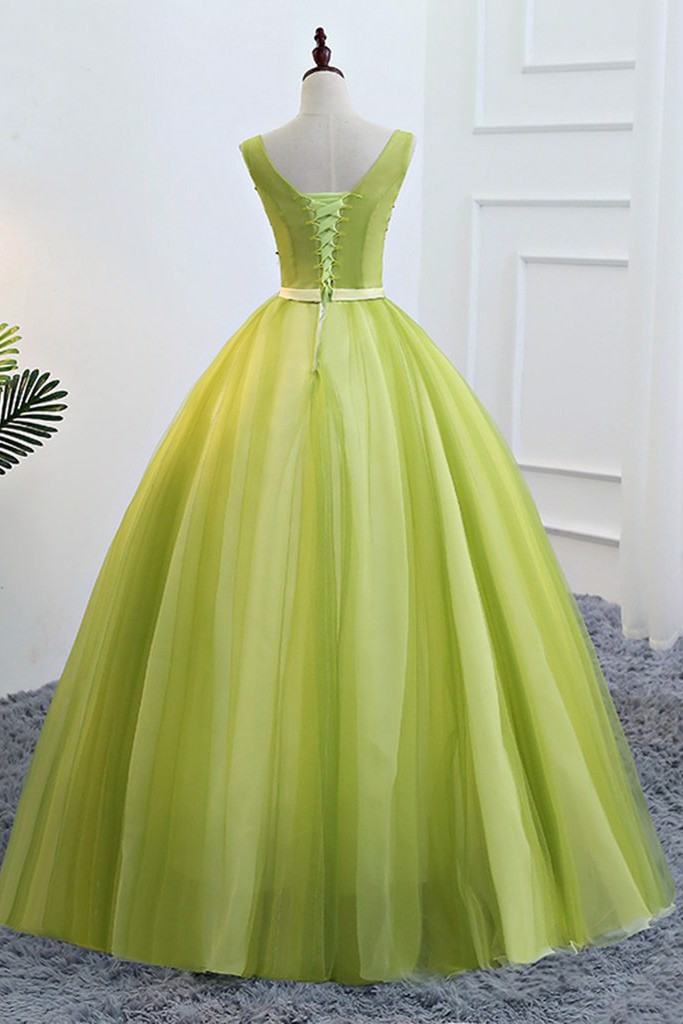 Fresh Green Senior Prom Dress With Applique