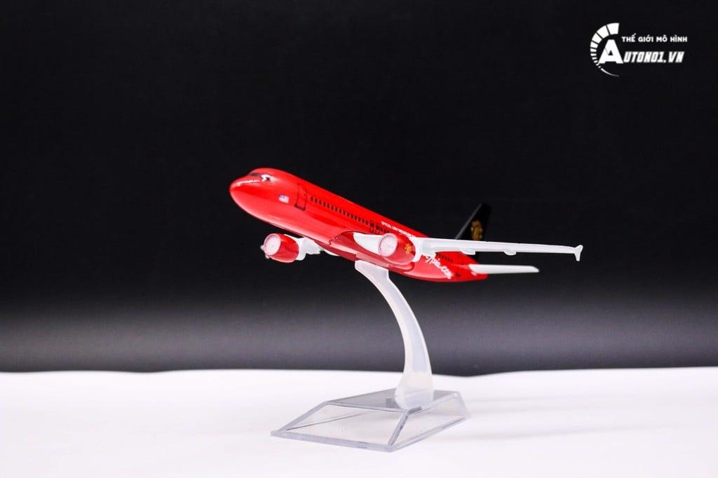 MÔ HÌNH MÁY BAY A320 AIRASIAN.COM MANCHESTER UNITED 16CM EVERFLY 1255