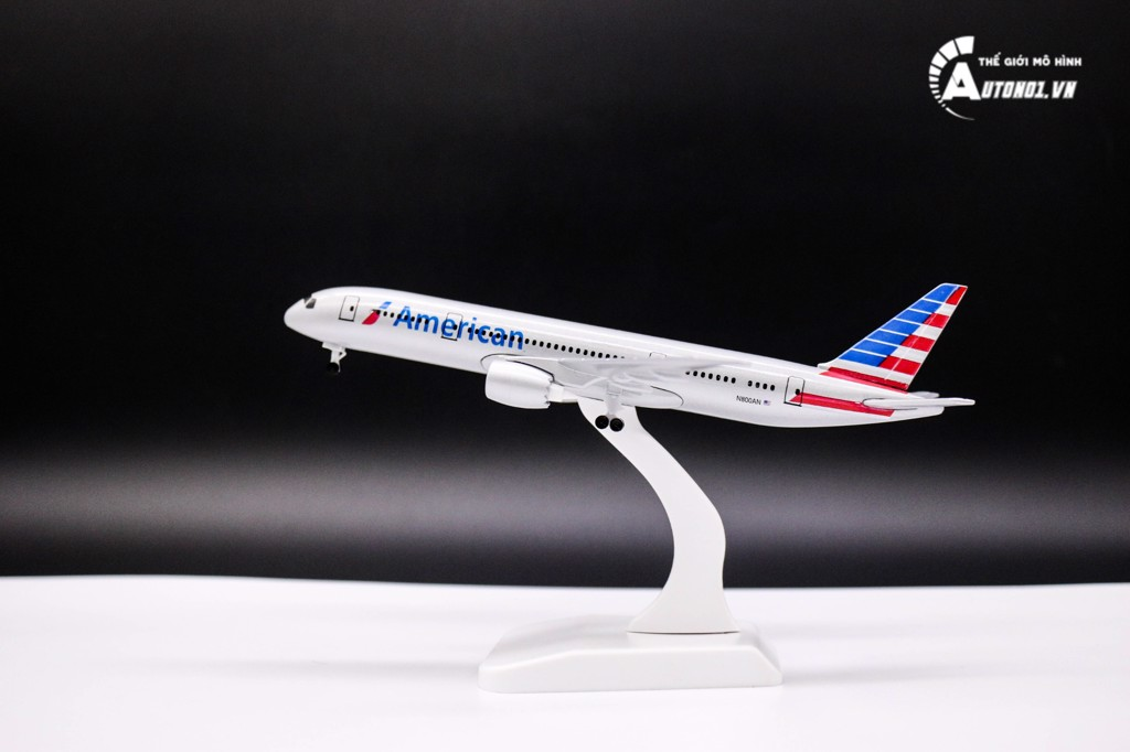 MÔ HÌNH MÁY BAY BOEING 777 AMERICAN AIRLINES 18CM 4798