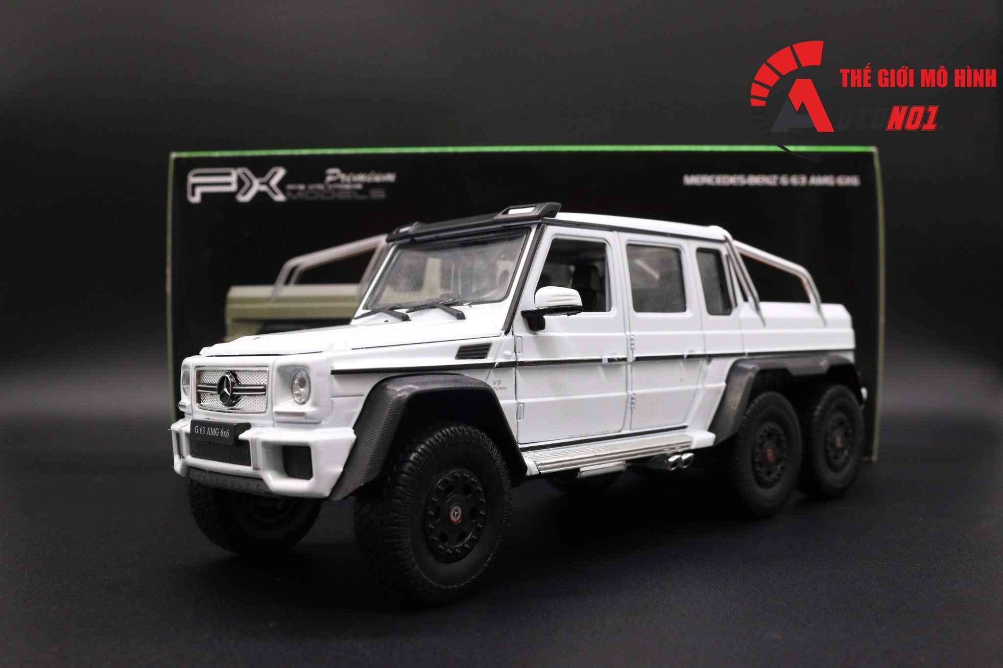 MÔ HÌNH MERCEDES BENZ G63 6X6 WHITE 1:24 WELLY 3382