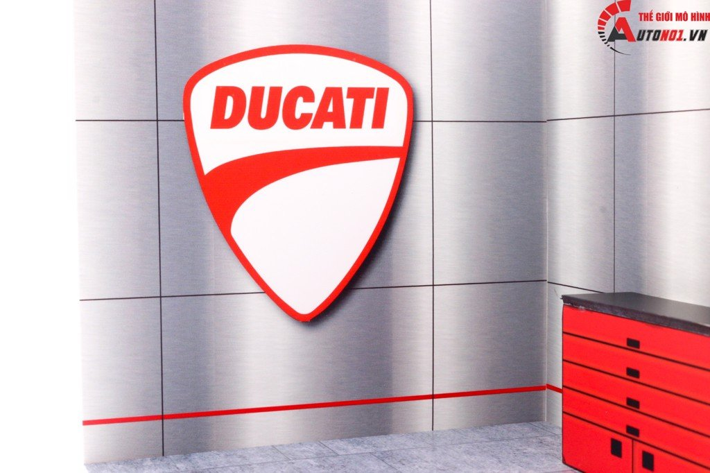 DIORAMA DECOR SHOWROOM DUCATI MÔ TÔ 1:12 29.5X21X19CM PK031