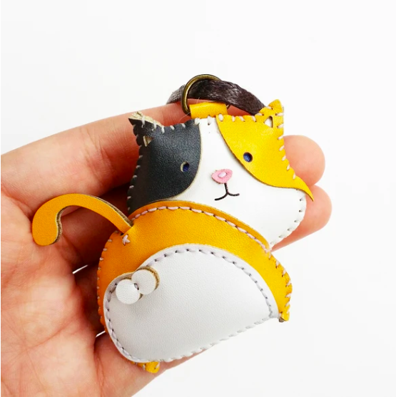 Charm Da Mèo Tam Thể Độc Đáo - Unique Leather Charm Calico Cat Edition