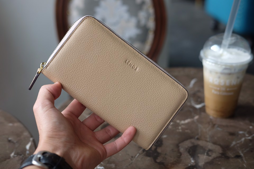 WALLET YOKO- In Natural Milled Leather - Be - HP74-02