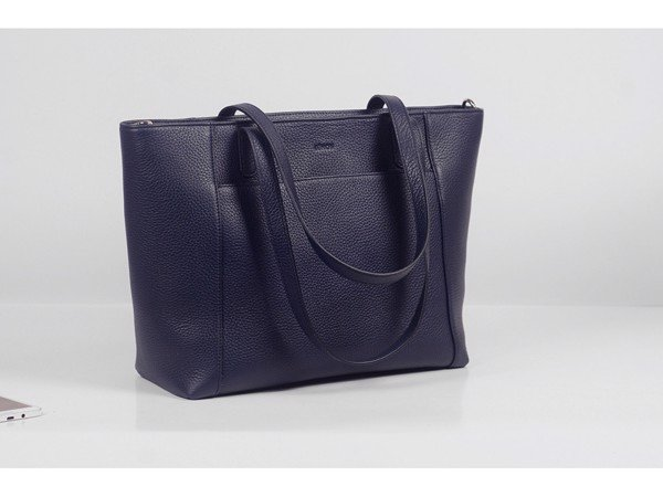 Far-Flu Tote - In Natural Milled Leather - Blue Navy