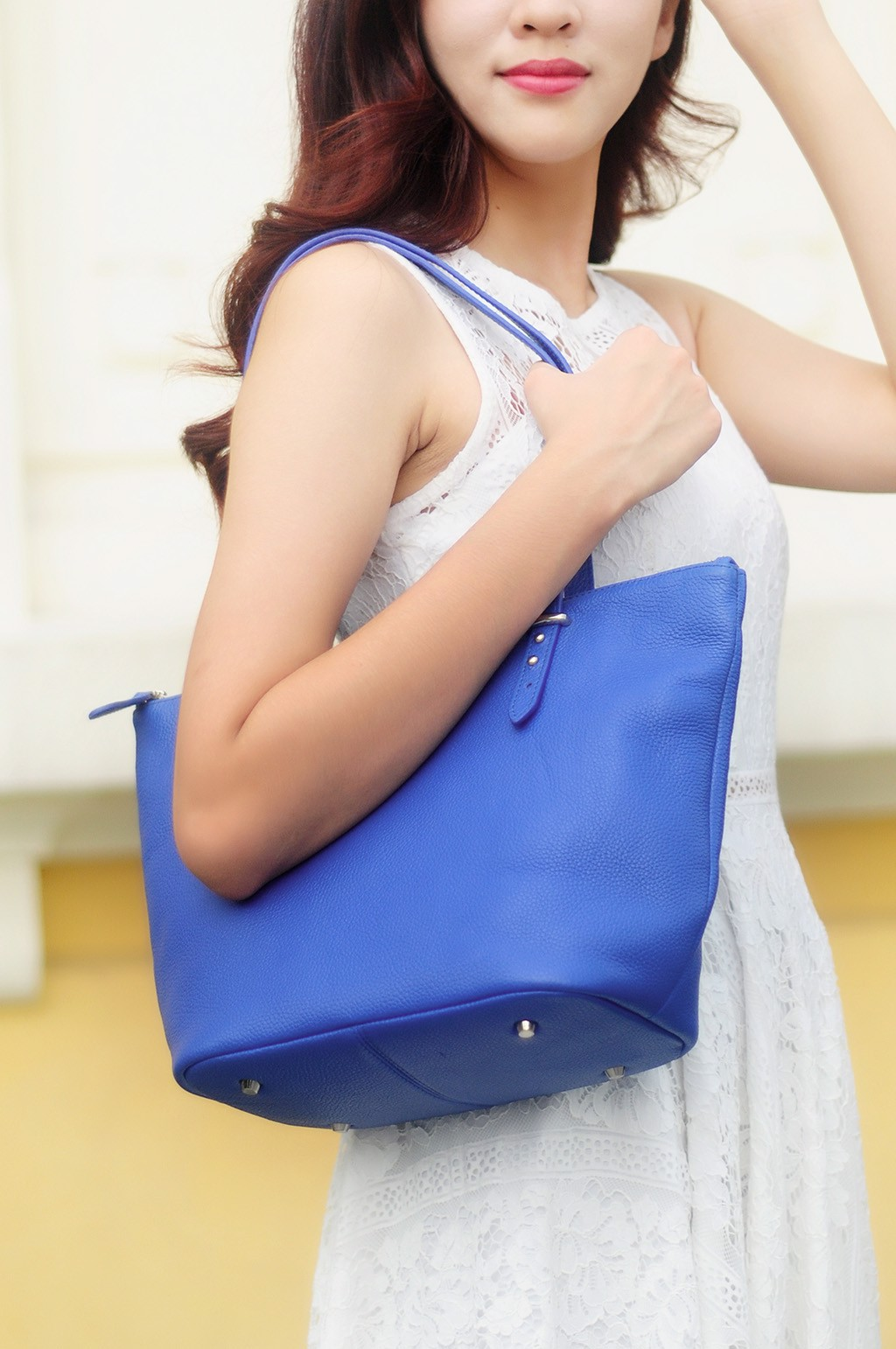 KIARA TOTE BAG - IN NATURAL MILLED LEATHER - EGYPTIAN BLUE
