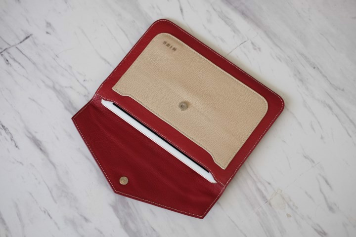 HERA Tablet Clutch IW05-3426