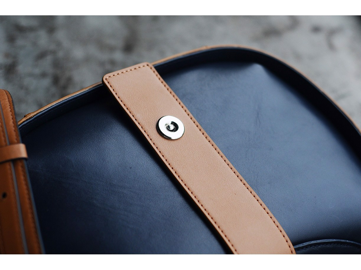Sassy Crossbody - In Natural Milled Leather - Blue Navy Vs Brown