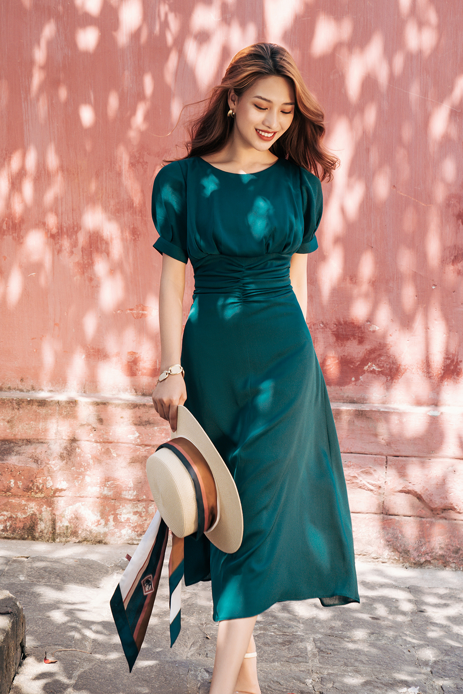 Váy cổ tròn dúm eo xanh