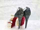 Giày Christian Louboutin Cross Me