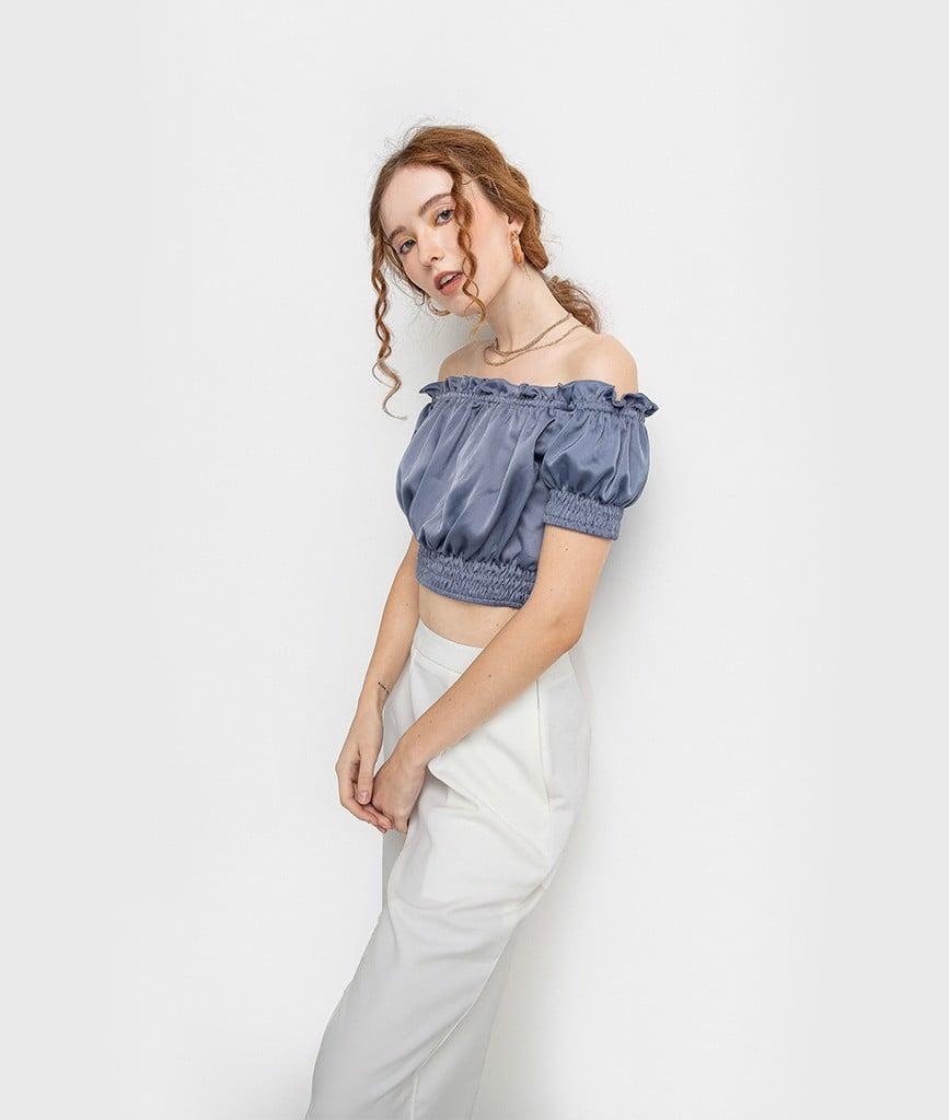Áo croptop bẹt vai lụa bóng