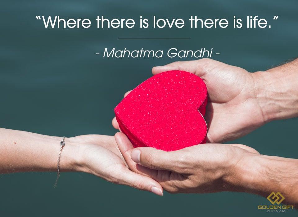 Những câu danh ngôn về tình yêu hay và ý nghĩa