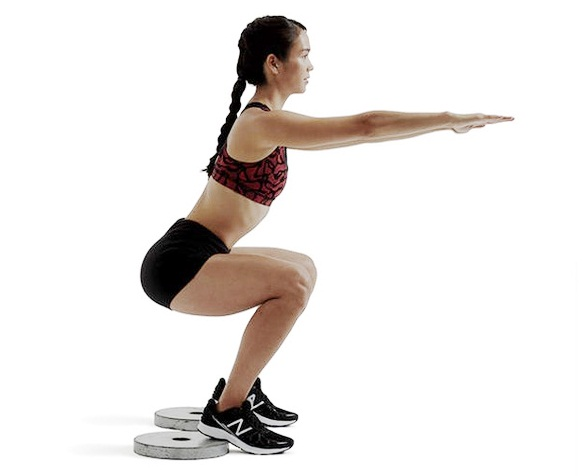 các tư thế tập squat chuẩn nhất để nâng dáng người 6