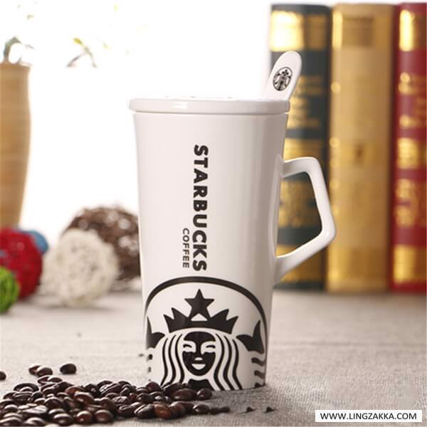 Ly starbucks logo dưới