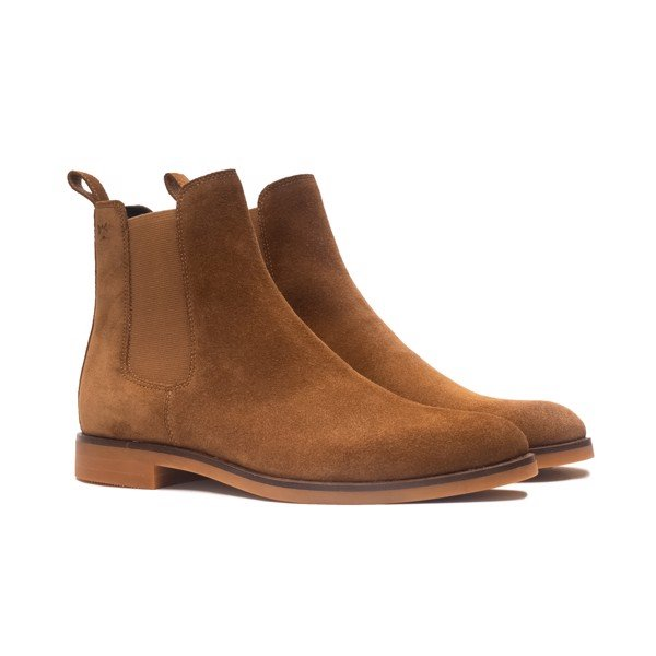 THE CLASSIC GUM CHELSEA BOOT - TOBACCO SUEDE