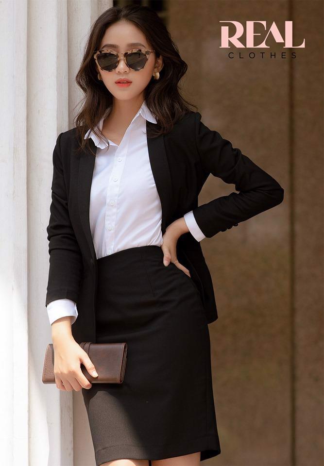 Blazer dài tay dài đen - SALE