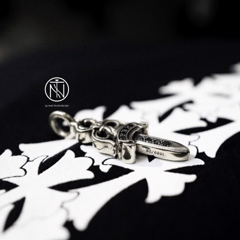 chrome hearts double dagger pendant pave black diamond