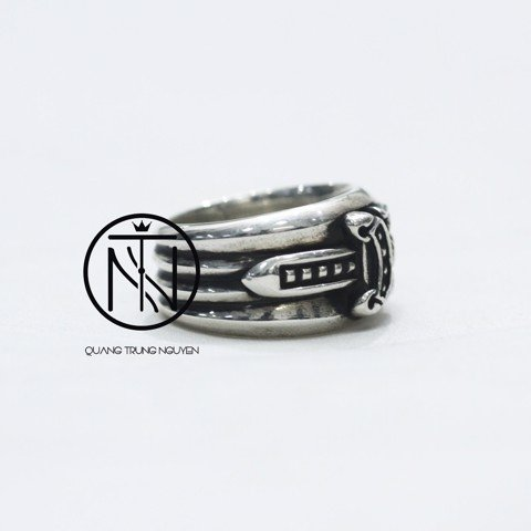 Chrome hearts  dagger ring