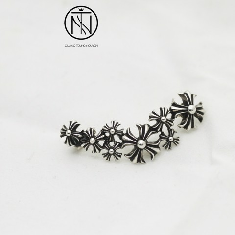 Chrome Hearts Climber earring