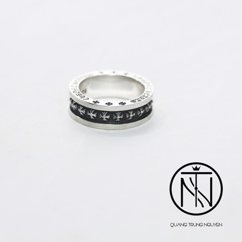 Chrome hearts mini plus ring