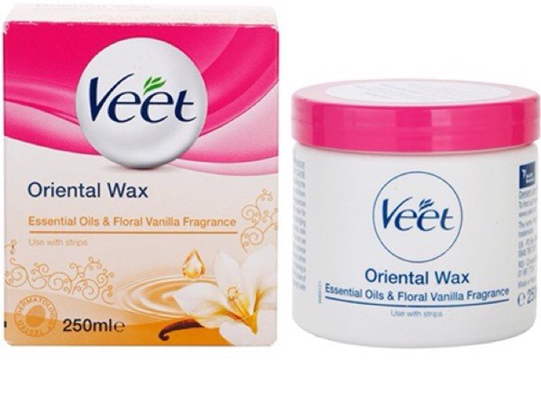 Bộ Wax Nóng Veet Essential Oils and Floral Vanilla Warm Wax Microwavable Jar, 250 ml
