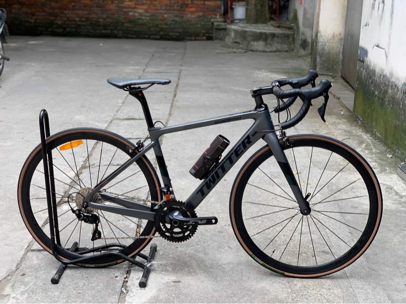 Xe road Tw Stealth Pro 105 R7000