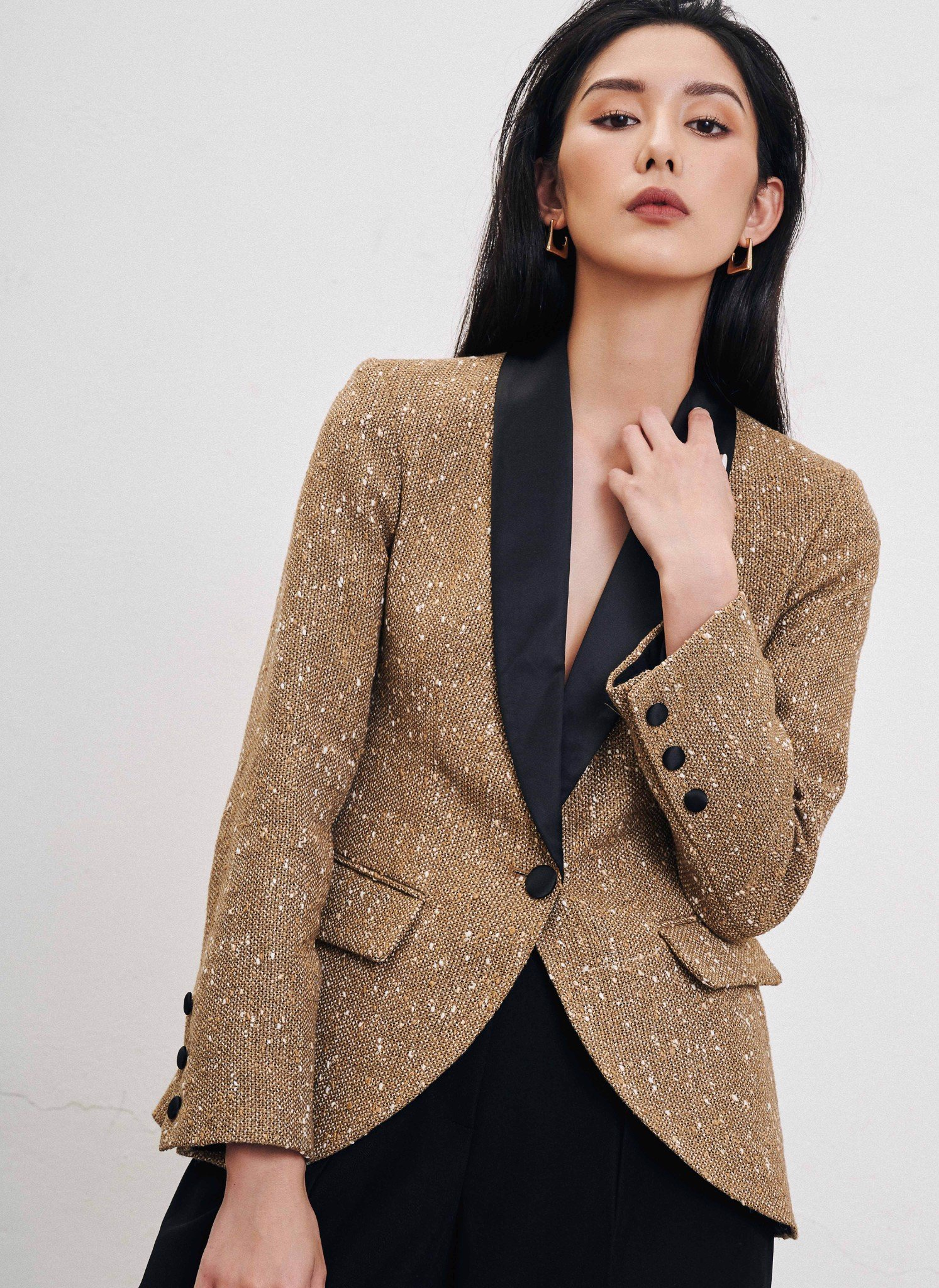 TAILORED DOUBLE BREASTED BLAZER - DPFW19-012