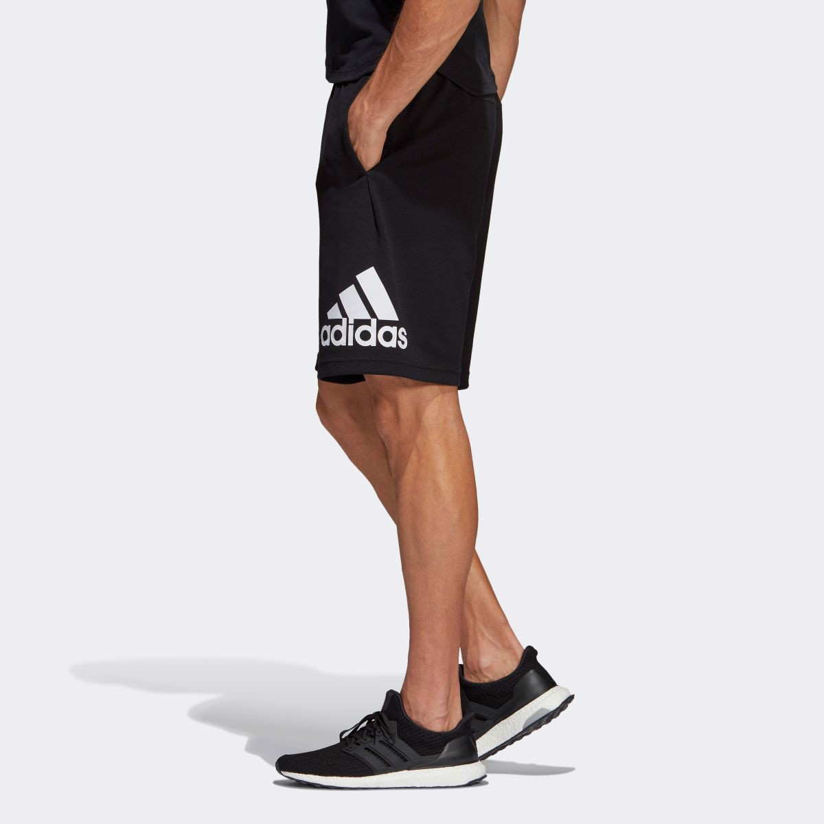 QUẦN ADIDAS MUST HAVE BADGE DT9949