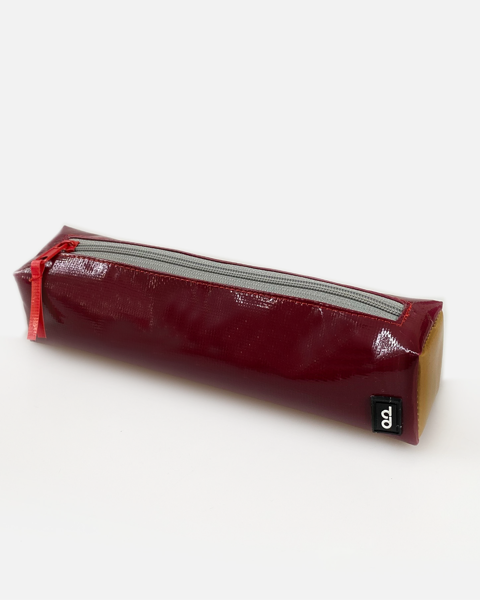 Used Tarp Pencil Case Chì Đỏ 02