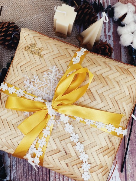 Yellow Snowflake 2 Gift Box