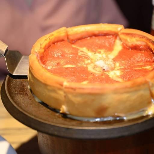 Cheesy Beef Pizza 24cm
