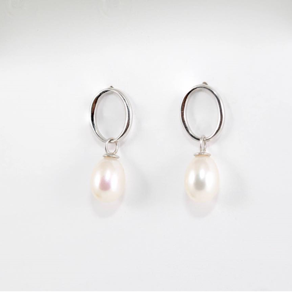 Bông tai Freshwater Pearl