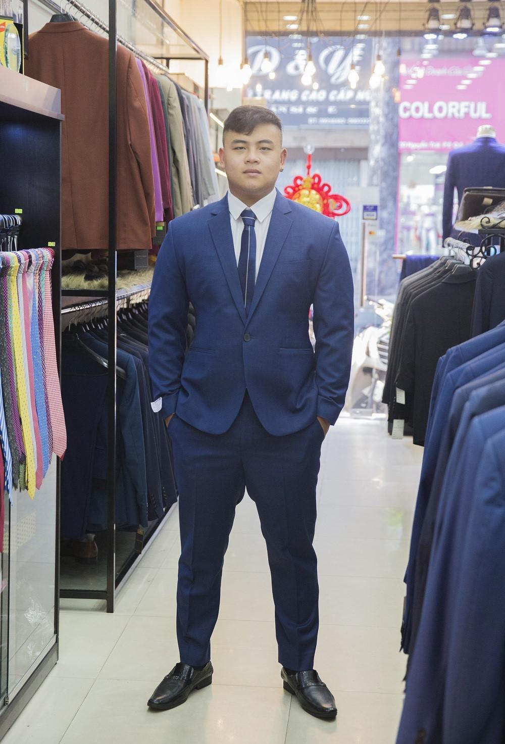 Suit Navy trẻ trung đơn giản B51.039