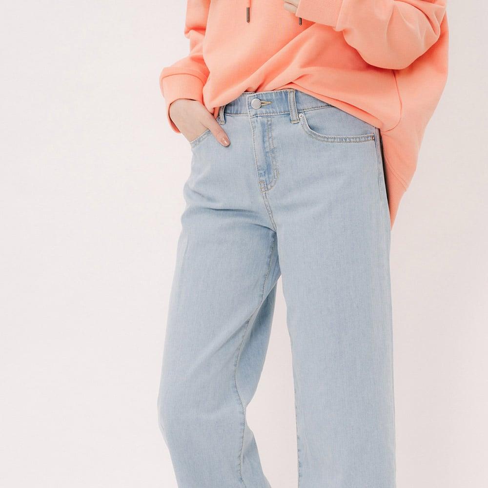Quần jeans nữ 3027015540610