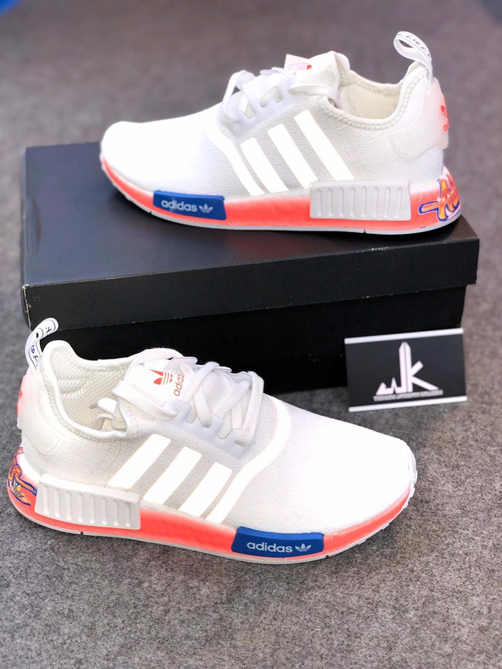 FV7852 - NMD R1 Cloud White Orange
