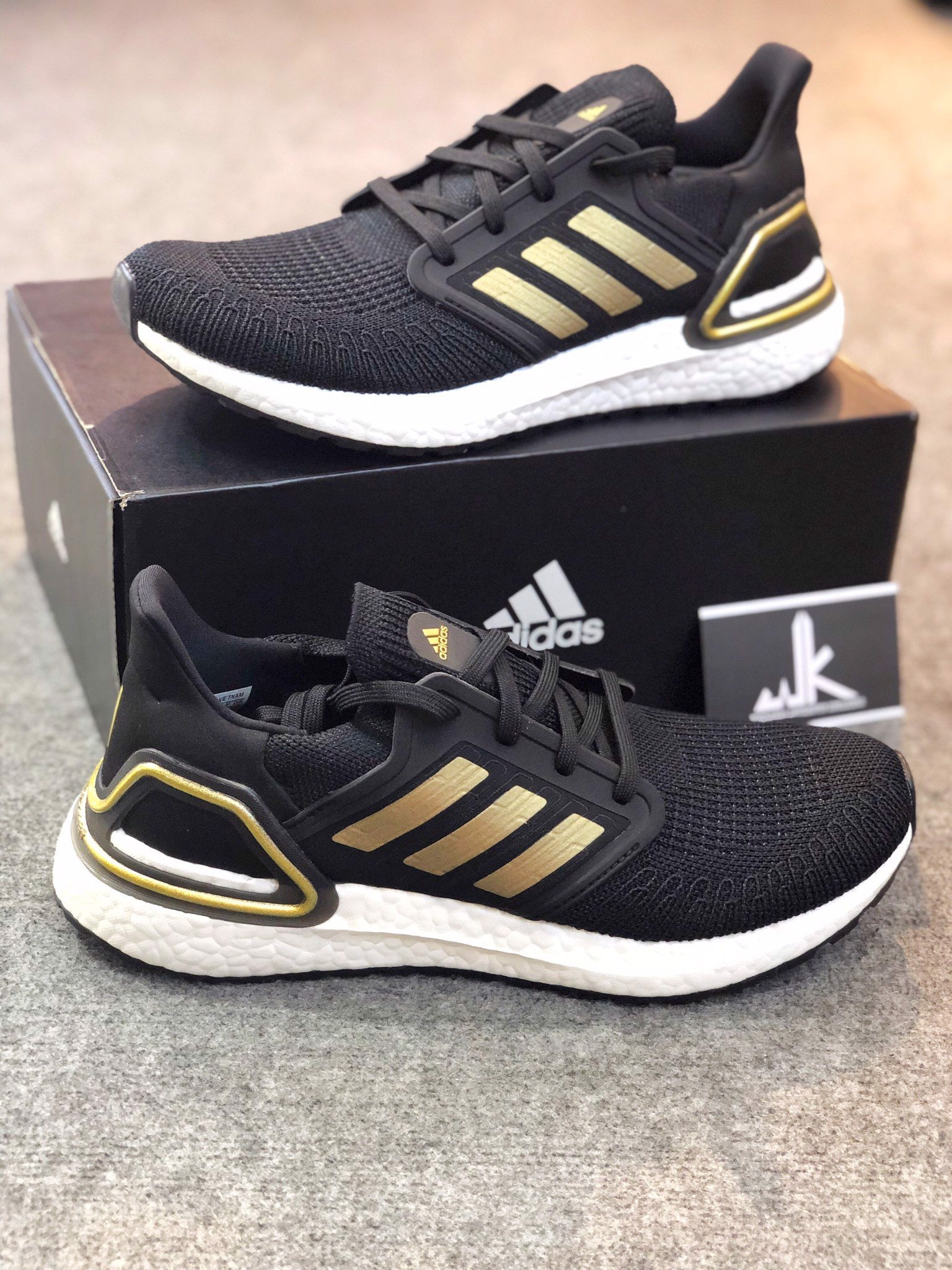 EE4393 - Ultraboost 2020 Consortium Black White Gold