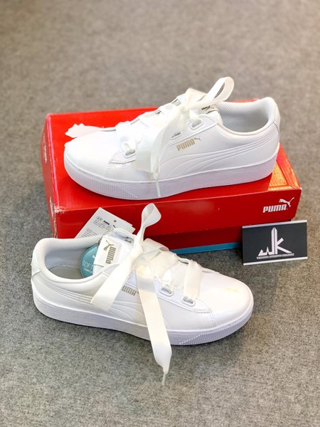 Puma White Basket Heart